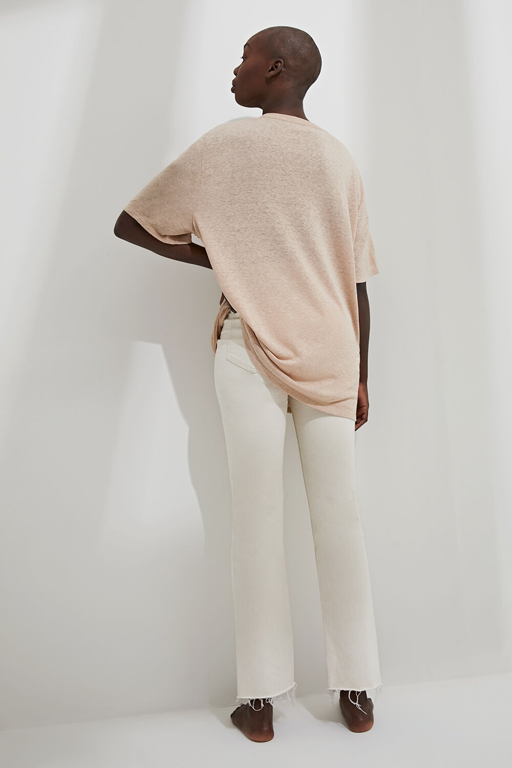 OVERSIZED LINEN BLEND TEE in colour RUGBY TAN