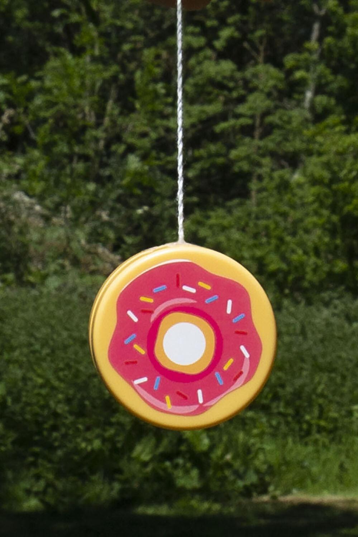 Yo Yo donut in colour BRIGHT WHITE