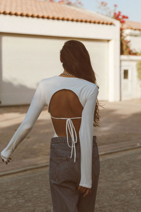 THE BACKLESS BODYSUIT in colour BRIGHT WHITE