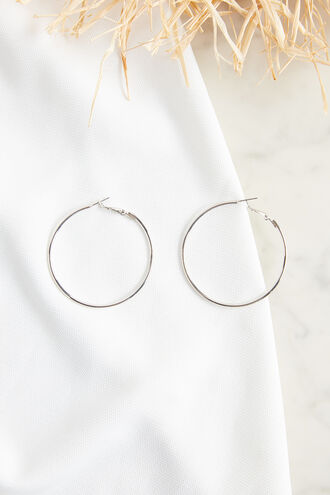 THIN MED HOOP in colour SILVER
